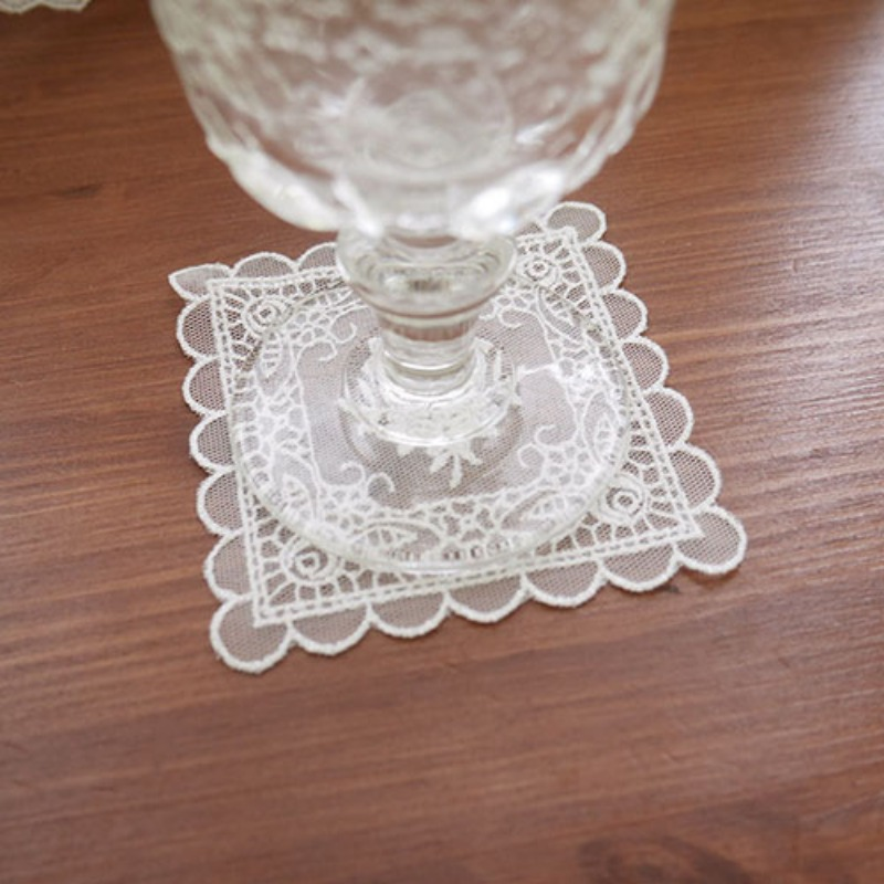 Lovely square lace